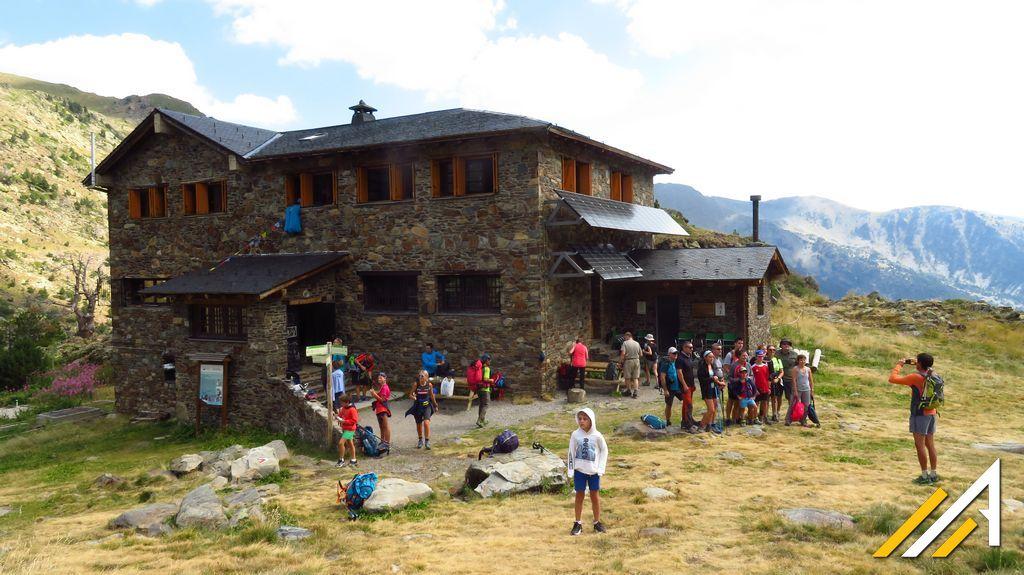 Andora, wycieczka w Pireneje. Refugio de la Coma Pedrosa