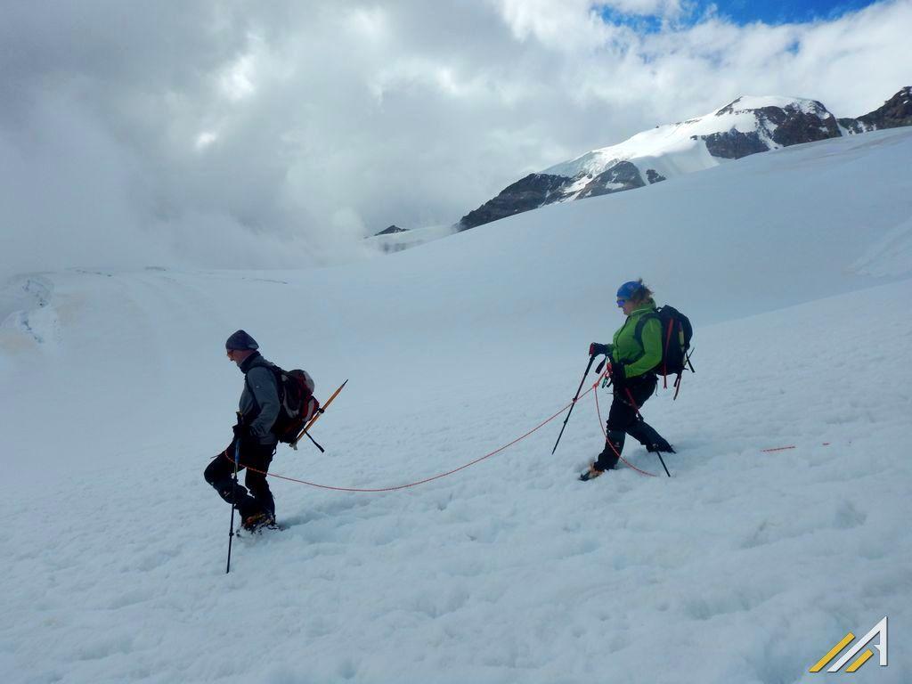 Trekking wokół Matterhorn i Monte Rosa. Lodowiec Lys w rejonie Punta Gnifetti