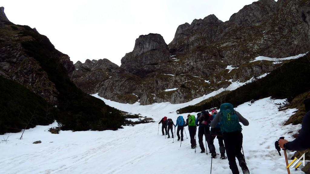 Trekking w Tatrach. Szlak do Kobylarzowego Żlebu.