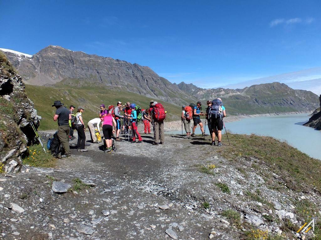 Wycieczka alpejska szlakiem Haute Route, Lac des Dix, Szwajcaria