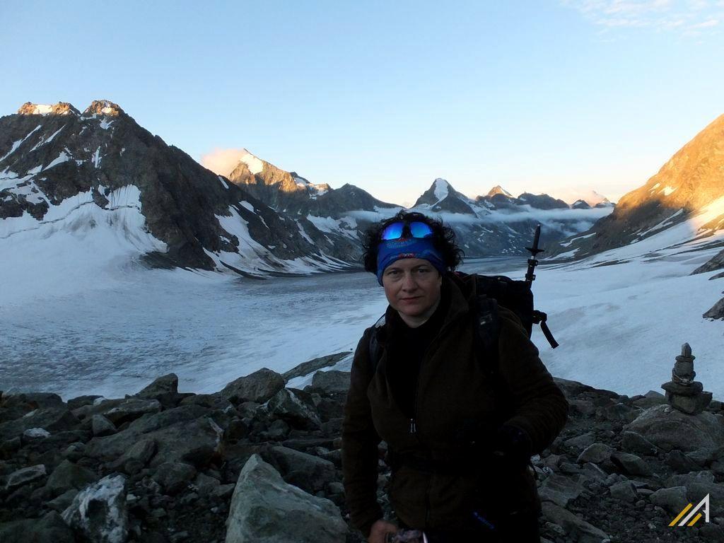 Haute Route latem, Col des Vignettes (3160 m n.p.m.). Widok na lodowiec Glacier d'Otemma