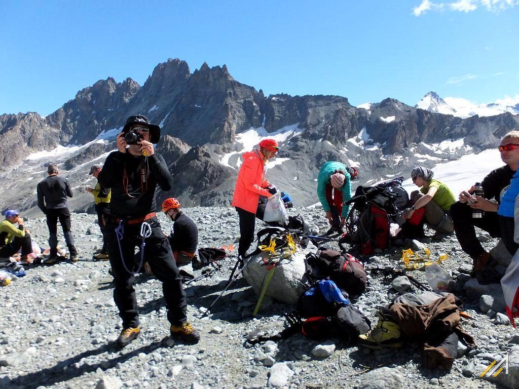 Trekking Haute Route, u podnóża lodowca Arolla