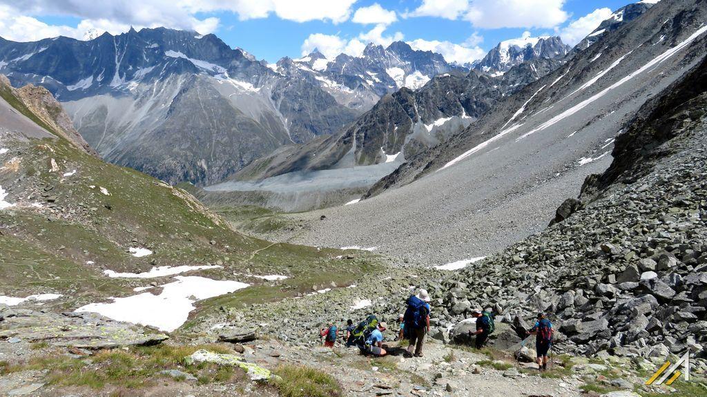 Wycieczka alpejska, Haute Route. Szlak z Pas de Chevres do Arolla i doliny Val d'Herens