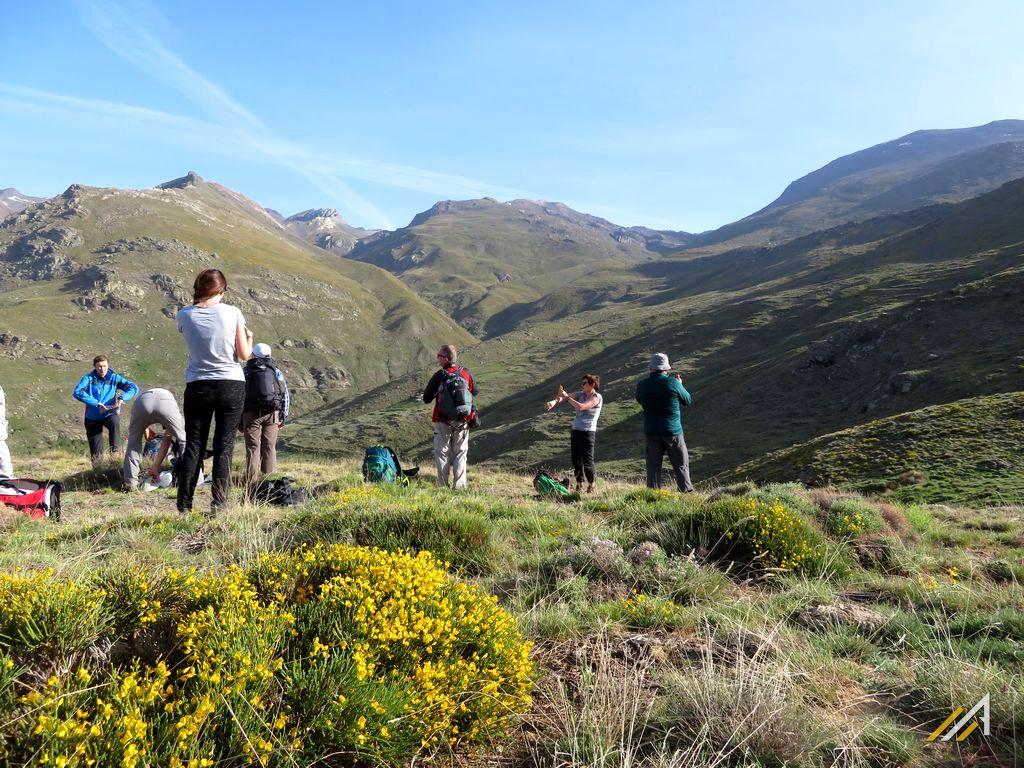 Góry Betyckie szlaki turystyczne. Trekking z Refugio Poqueira do Capileira.