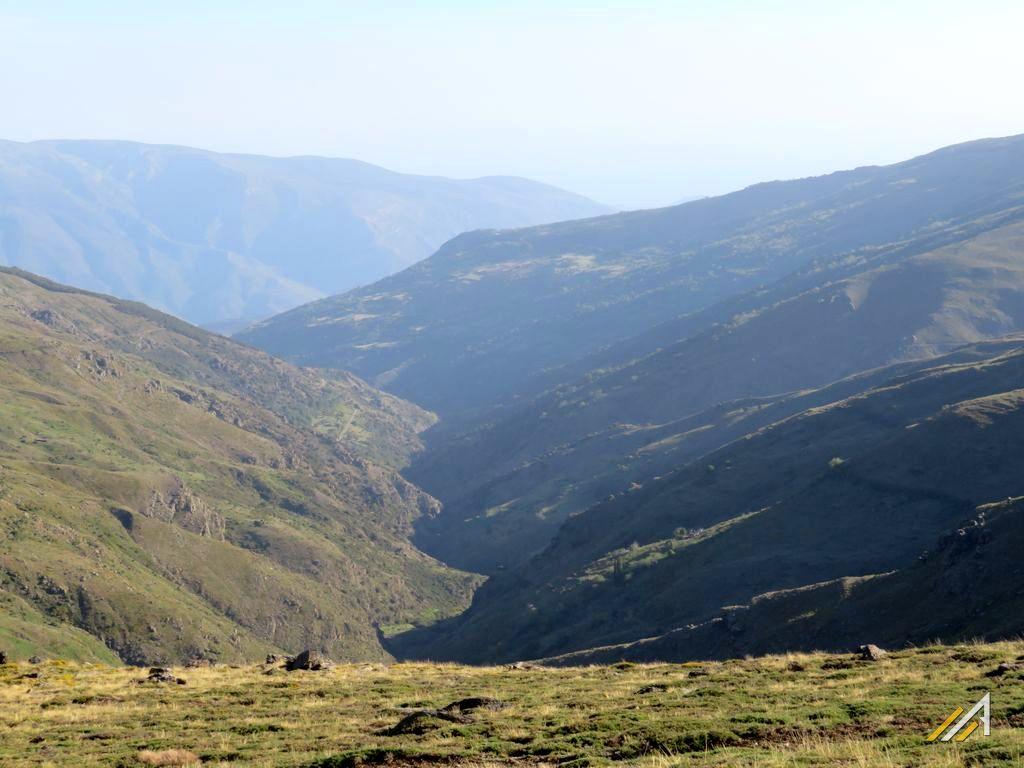 Góry Betyckie, trekking. Dolina Poqueira w Sierra Nevada