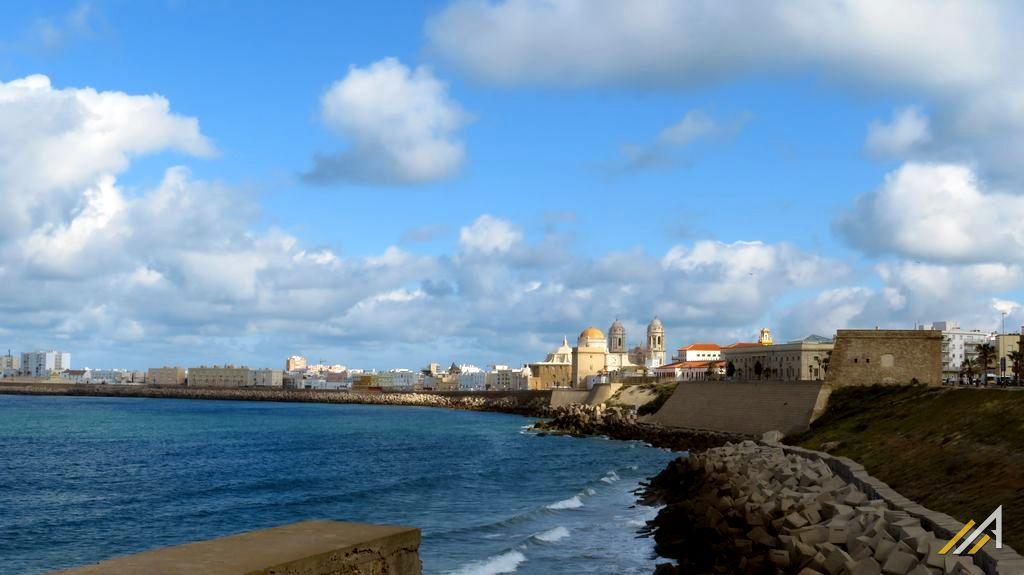 Urlop w Hiszpanii, Andaluzja, wycieczka do miasta Kadyks.