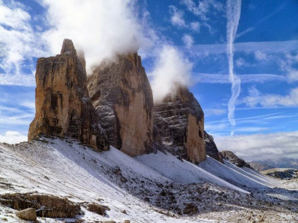 5.-Dolomity-Tre-Cime-di-Lavaredo-Cima-Grande-di-Lavaredo-2998-m.-n.p.m.-Cima-Ovest-di-Lavaredo-2974-m-n.p.m.-i-Cima-Piccola-di-Lavaredo-2857-m-n.p.m.