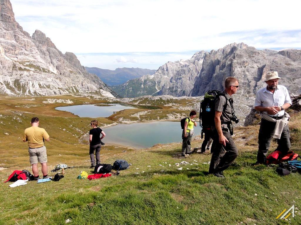 Trekking w Dolomitach. Trekking łatwy, wokół Tre Cime di Lavaredo.