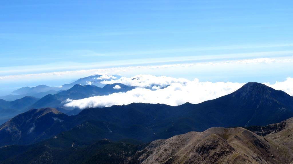 Trekking w górach Grecji. Góry Tajget, widok z Profitis Ilias