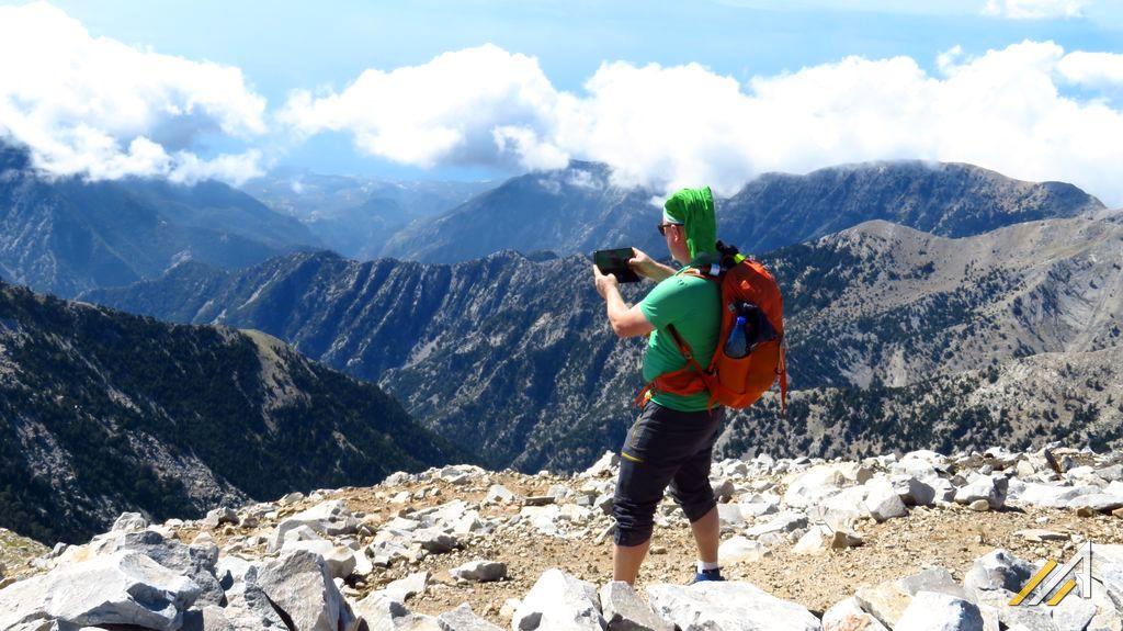 Góry Grecji, trekking. Widok na góry Tajget