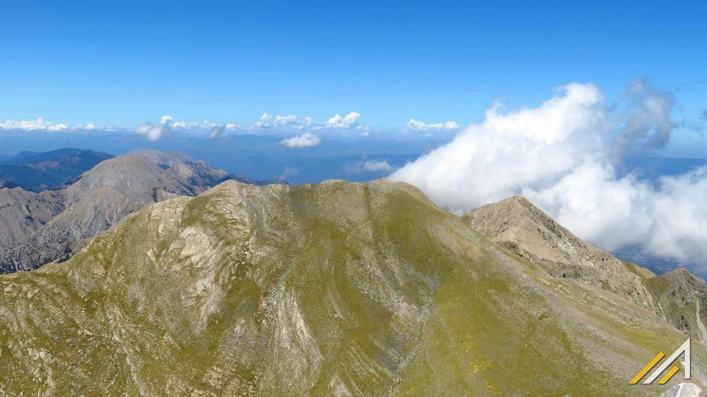 Grecja, trekking w górach Tajget. Widok z Profitis Ilias (2407 m n.p.m.)