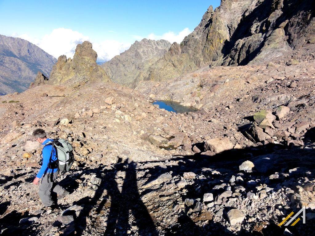 Korsyka, trekking. Lac d'Argentu na szlaku z Ascu Stagnu na Monte Cinto